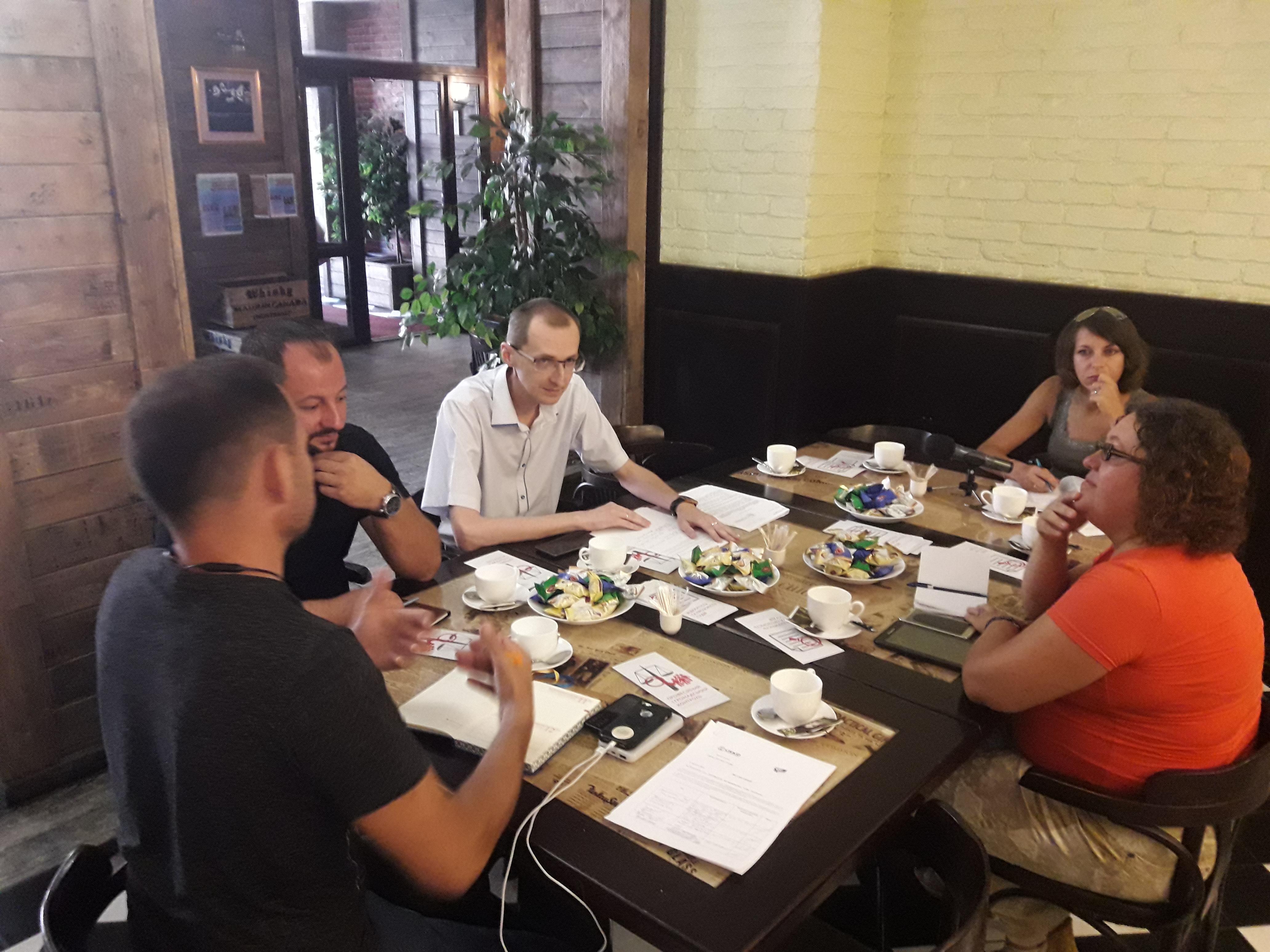 Як проходить судова реформа у Покровську розповідали на прес-сніданку журналістів та активістів громади з суддею-спікером, фото-2